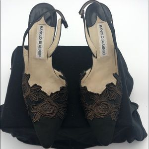 Manolo Blahnik sz 38 Black Satin and Lace